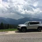 Mein Renegade braucht auch mal Urlaub hier in den Dolomiten in der Nähe vom Karersee