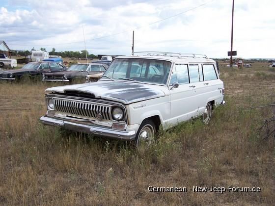 1967 Jeep Wagoneer