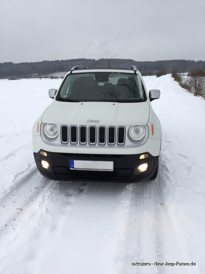 4x4 im Schnee