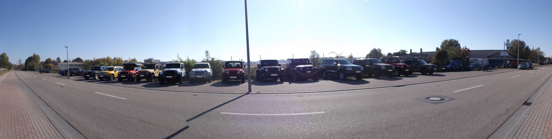 Jeepparade beim Oktober Stammtisch des JCD