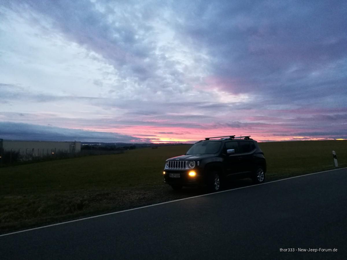 Reni im Sonnenuntergang