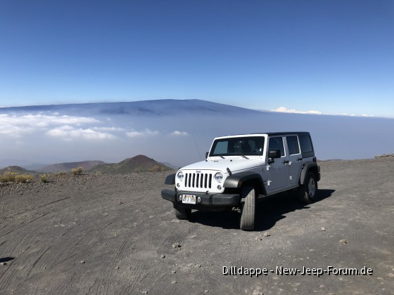 Jeep auf 4200m