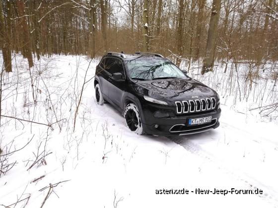 Jeep im Schnee